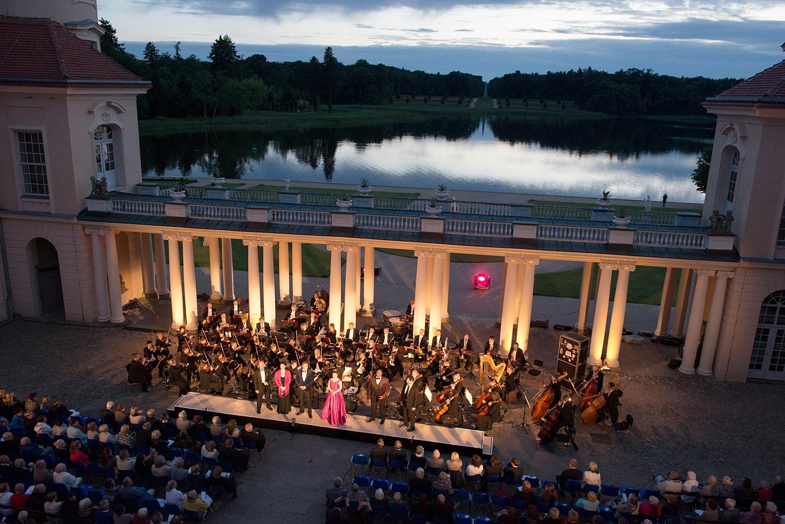 Operngala im Schlosshof Rheinsberg 2016
