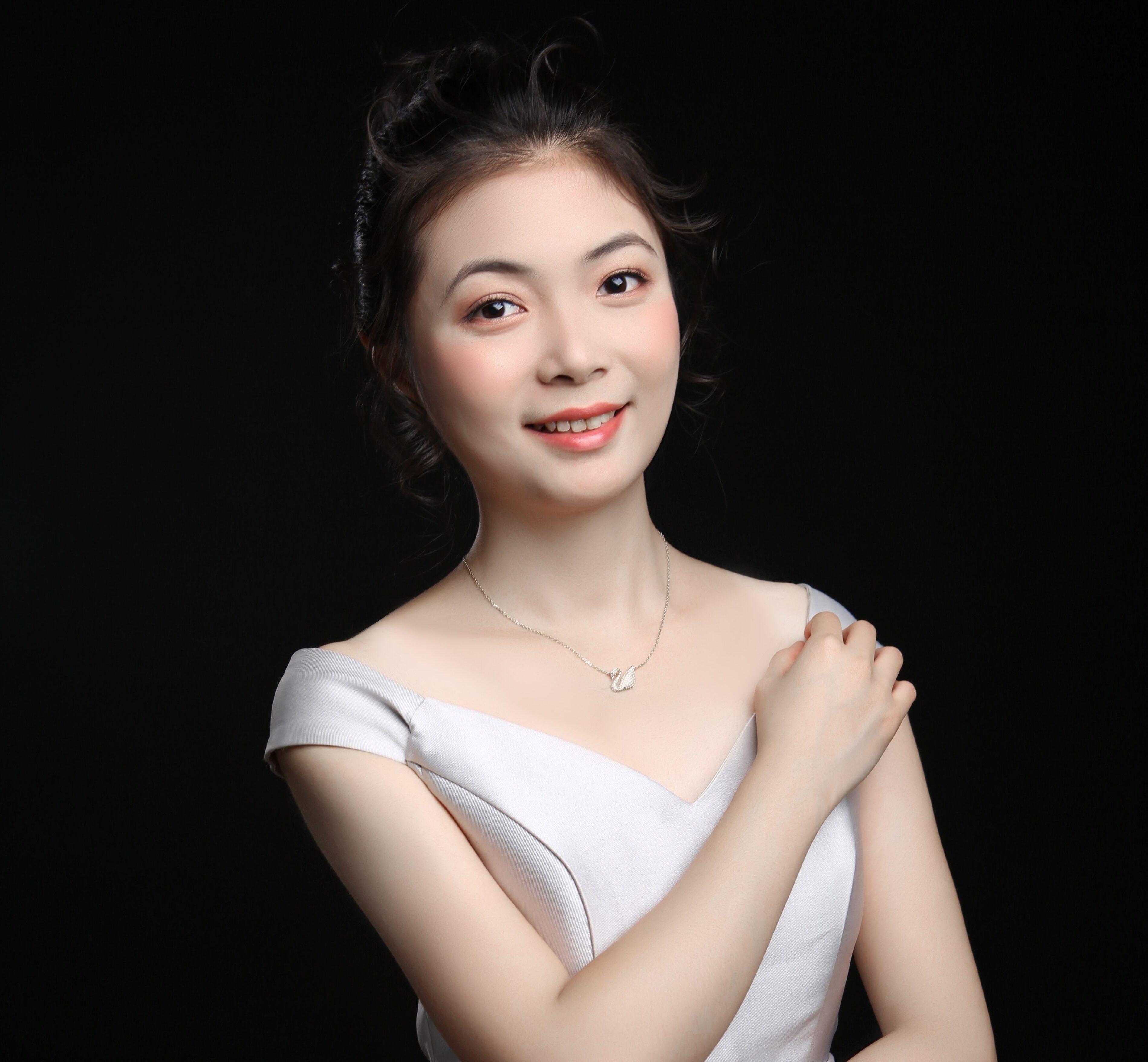 Wanting Qiu (c) Zhili Liu